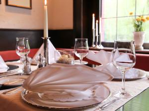 Restaurant Tisch / Deko - Hotel Schmidt Hagen